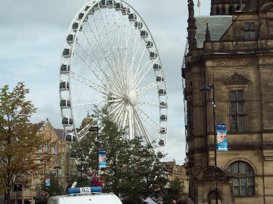 Sheffield, UK : Wheel at Fargate
