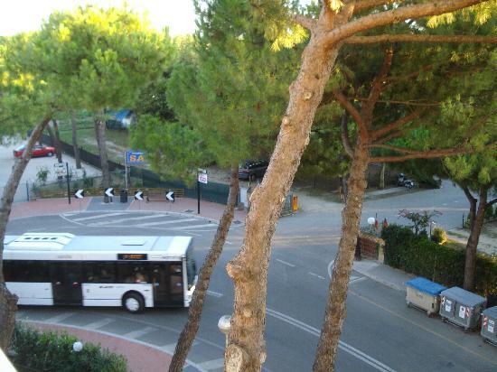 Pinarella hotel bassetti panoramica dal balcone foto di for Bassetti milano