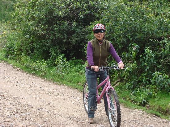 Villa Andina House: Biking in Chicon Urubamba 01