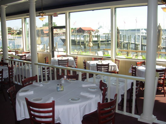 Town Dock Restaurant: The Main Dining Room