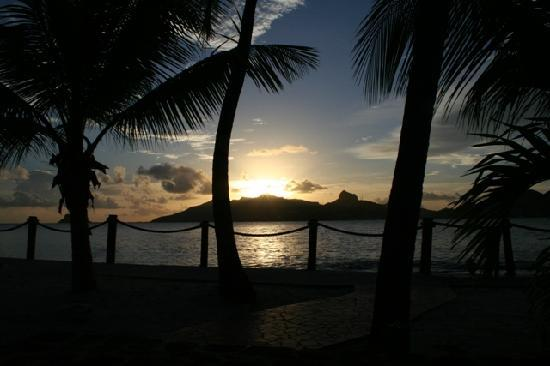 Palm Island Resort & Spa: Sunset from our room