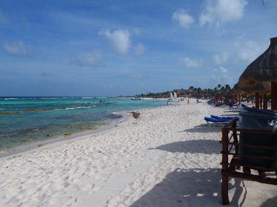 Grand Bahia Principe Tulum : Ahhh... the beach...
