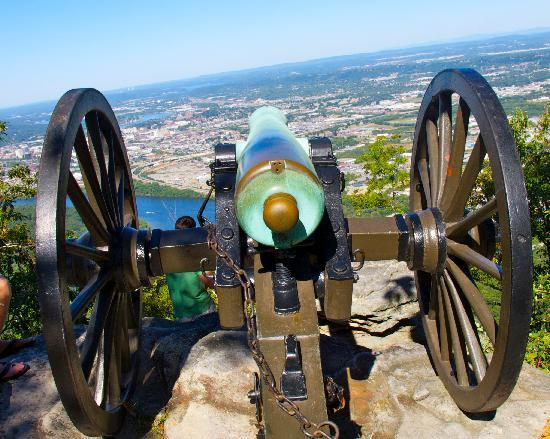 Chattanooga, TN: View from Point Park on Lookout Mountain
