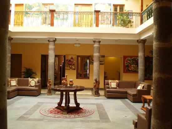Hotel Boutique Plaza Sucre: Lobby