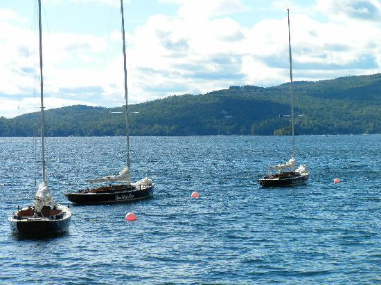 Canoe Island Lodge: CIL Sailboats