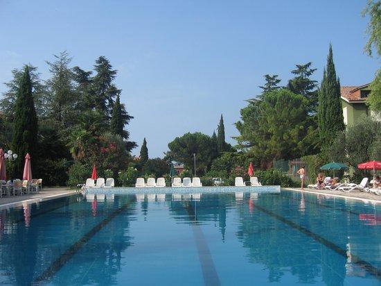 Hotel Palme & Suite: pool at suite