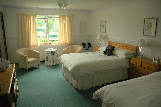 The Gables Bed & Breakfast: bedroom