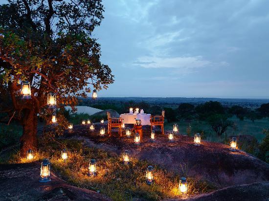 Serengeti Bushtops Camp : luxury