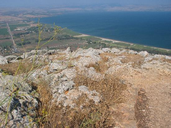 Arbel Holiday Homes: Trip to the cliff - Sea of Galilee