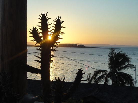 Posada Colibri: sunset view from the terrace