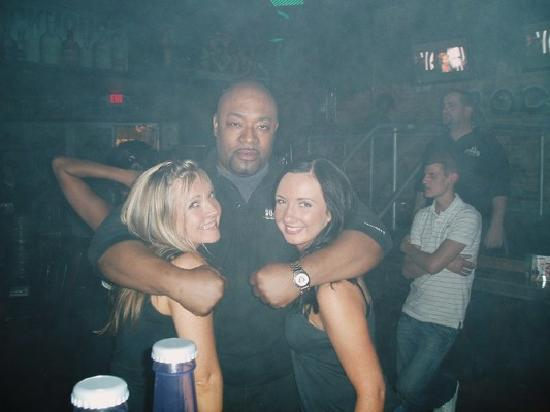 Rockhouse Bar & Nightclub : me and my sister with head bouncer