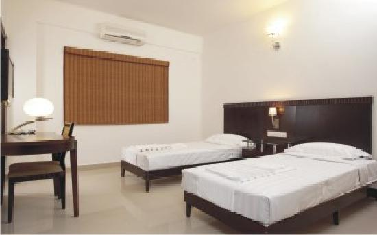 OYO 435 Hotel Amshi International: TWIN COT