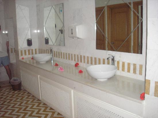 Hotel Palace Hammamet Marhaba: detalle baños