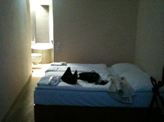 Zimmer ohne Fenster - Bild von Design Hotel Neruda, Prag - TripAdvisor