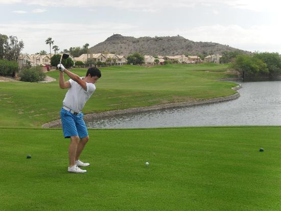 Meridian CondoResorts: Just another day's golf!