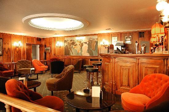 New Hotel Bompard : Bar