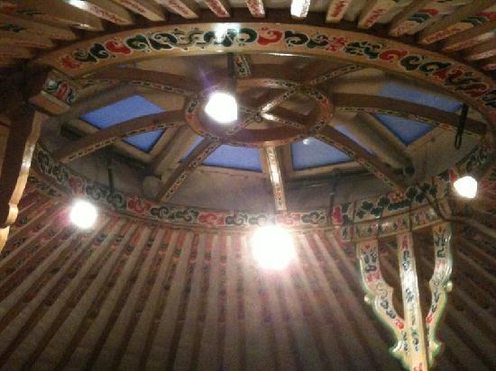 Rochers-de-Naye Yurts: Skylight in Yurt