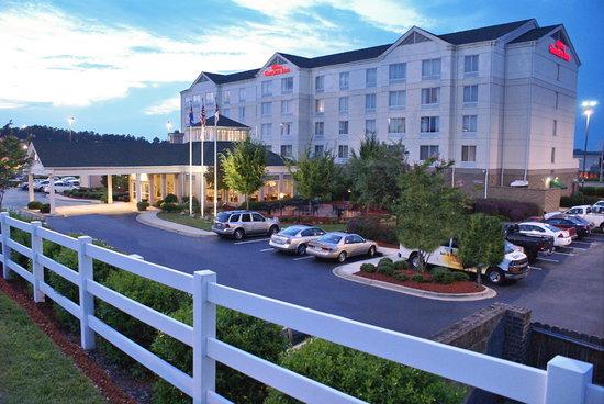 Photo of Hilton Garden Inn Charlotte North