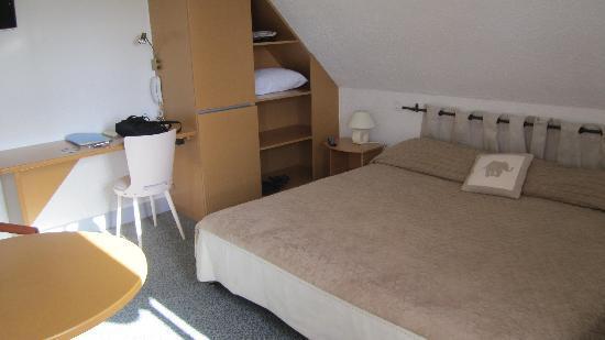 Baden, France: Bedroom