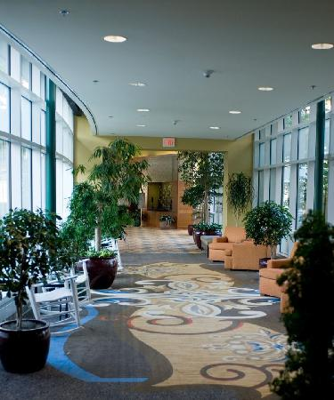 Embassy Suites by Hilton Boston Marlborough : Inside