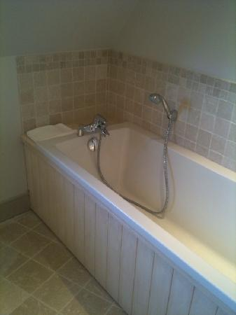 Les Manoirs de Tourgéville: baignoire