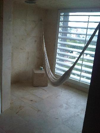 W Mexico City: Bathroom with hammock
