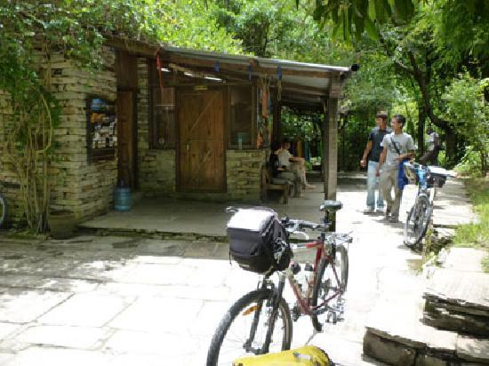 The Last Resort: Recepción y nuestras bicicletas