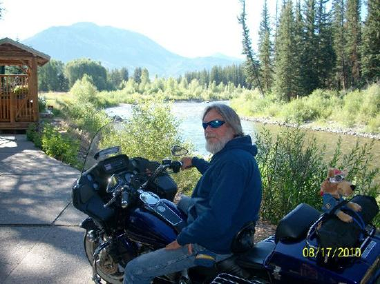 Spotted Horse Ranch: Me in front of our cabin by the river
