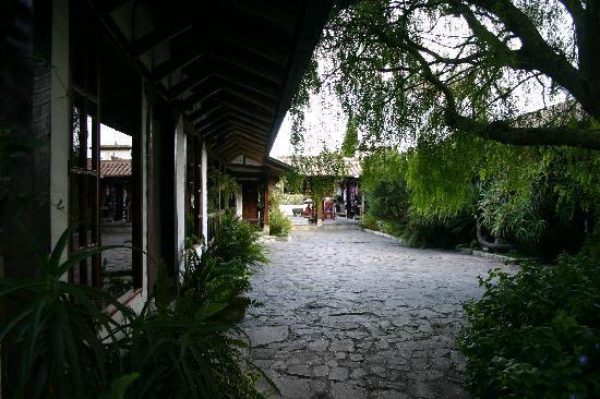 Hacienda Abraspungo: Outside Rooms