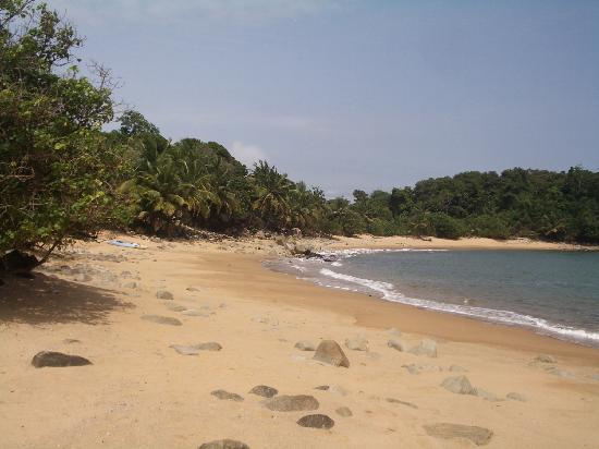 Axim, Ghana: sheltered swimming beach