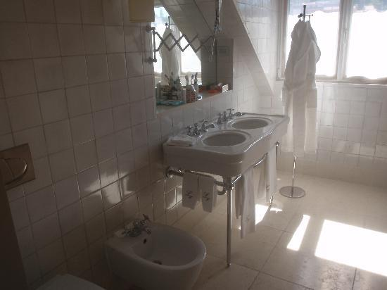 Heritage Avenida Liberdade Hotel : salle de bain
