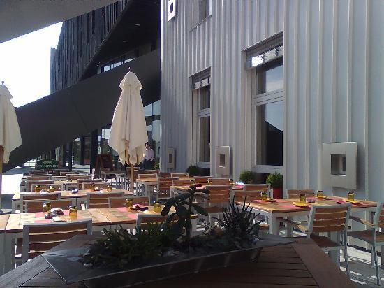 Breakfast terrace only open during warmer seasons for Breakfast terrace