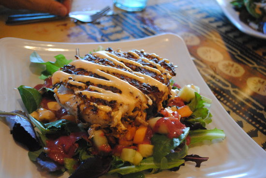 Food Shack: Crab cake on greens with cantalope and pinapple