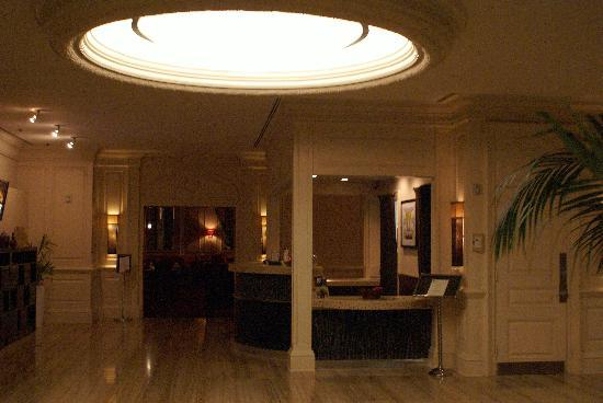 front desk picture of the bristol hotel a greystone hotel san rh tripadvisor com