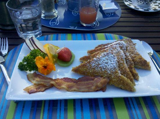 High Pointe Inn: Out of this World French Toast