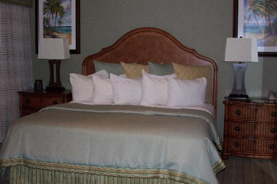 Master Bedroom of Presidential Suite - Picture of Embassy Suites by ...