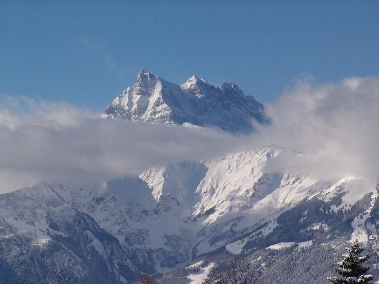 Chalet Balthazar: View of the Dents du Midi mountain