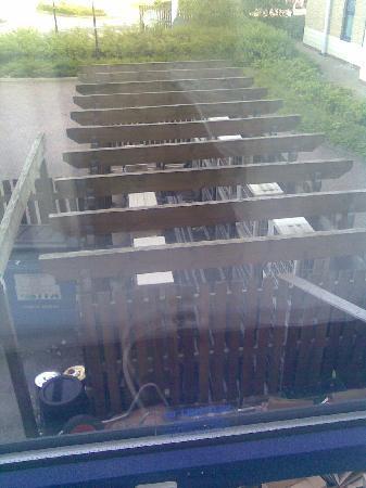 Holiday Inn Express Northampton M1, Jct 15: Air Conditioning Units