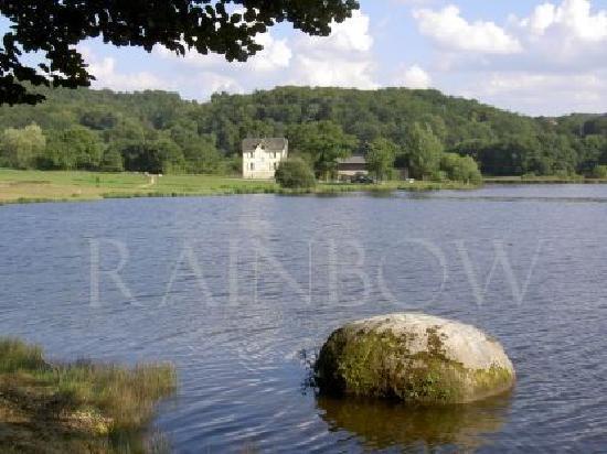 Latronquiere, فرنسا: Lac du Tolerme