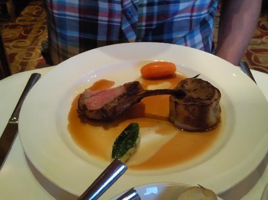 Dovecote Restaurant: lamb
