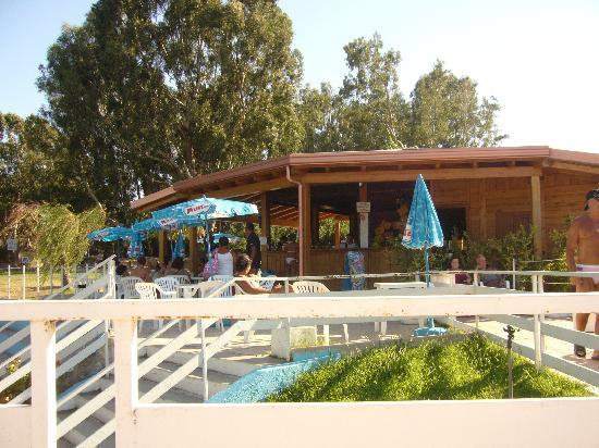 Villaggio Turistico Riviera del Sole: bar piscina