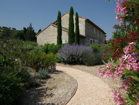 Jardin d 39 alcinoos saint remy de provence 2018 all you need to know before you go with - Jardin provencal ...