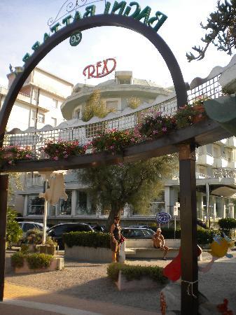 Rex by day foto di hotel rex riccione tripadvisor - Web cam riccione bagno 93 ...