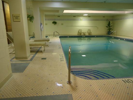 โรงแรมฮิลตัน นอร์ทบรู๊ค: Pool