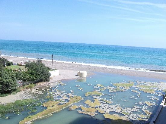 vistas al mar y al rio peste - Picture of VIK Gran Hotel ...