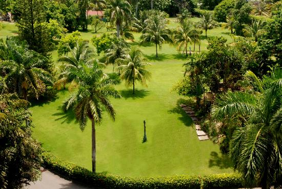 Jewel Dunn's River Beach Resort & Spa, Ocho Rios,Curio Collection by Hilton : GOLF COURSE