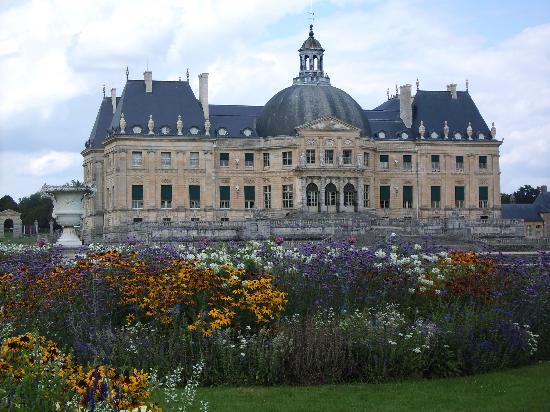 Château de Vaux-le-Vicomte : Blick vom Park auf das Schloss