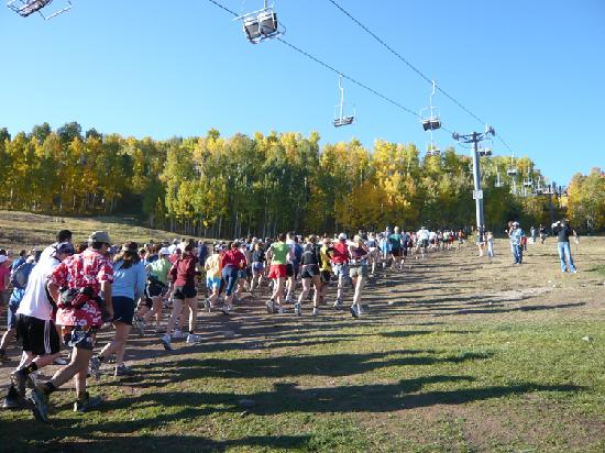 Official Aspen Tourism Office - Vasque Golden Leaf Half-Marathon 2009