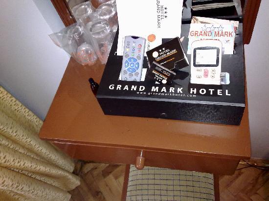Grand Mark Hotel: room 302