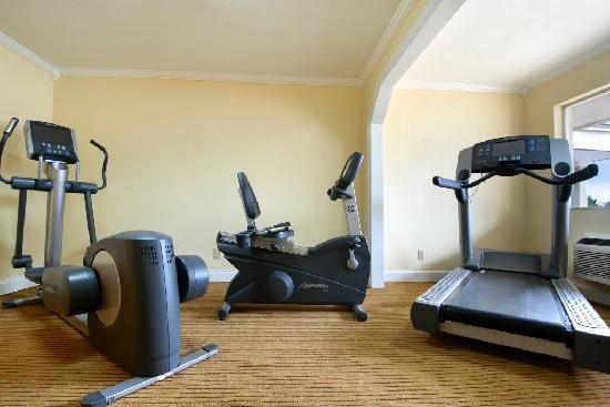 Days Inn Shenandoah TX: Fitness